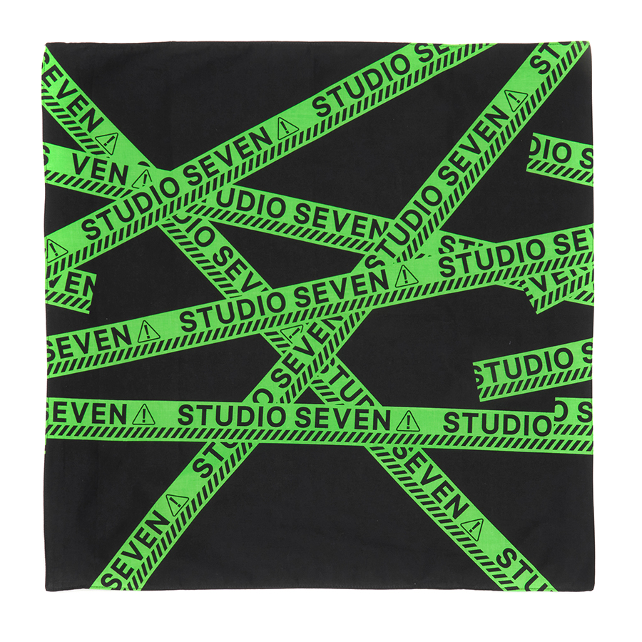 Full Green Caution Bandana 詳細画像 Black 1